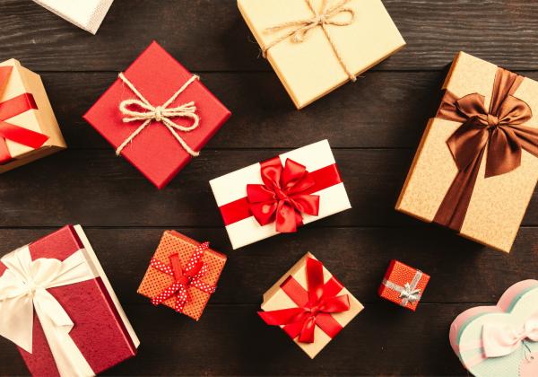 Výroba ozdobných dárkových krabiček (pro děti s rodiči i samostatně)